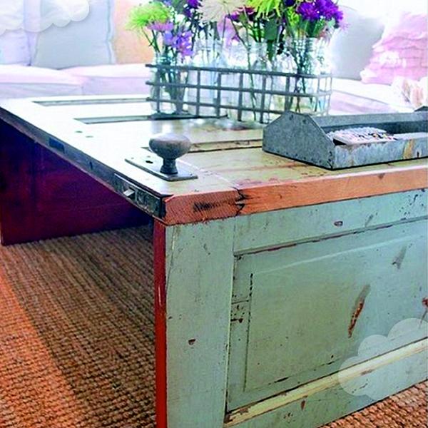 stôl so starých dverí