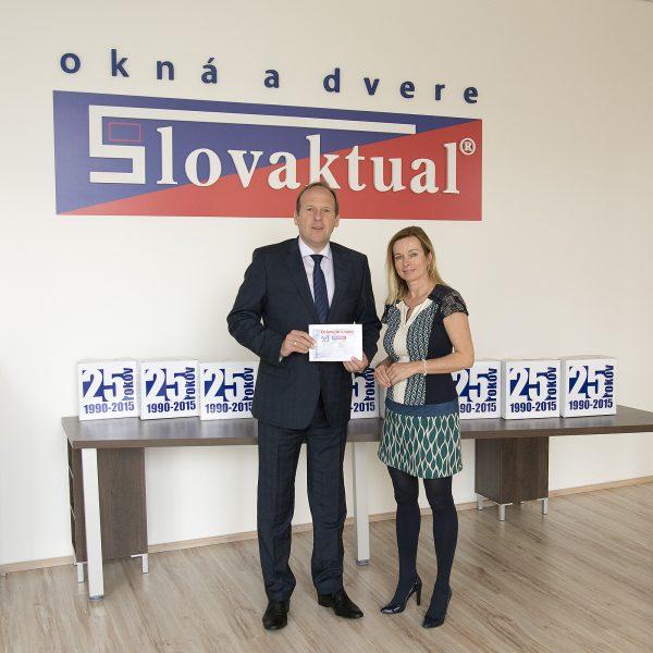 Slovaktual vyhlásil výhercov súťaže OSLAVUJTE S NAMI.
