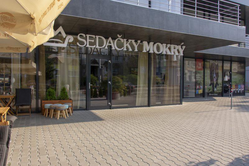 Obchod so sedačkami v CENTRO Prievidza