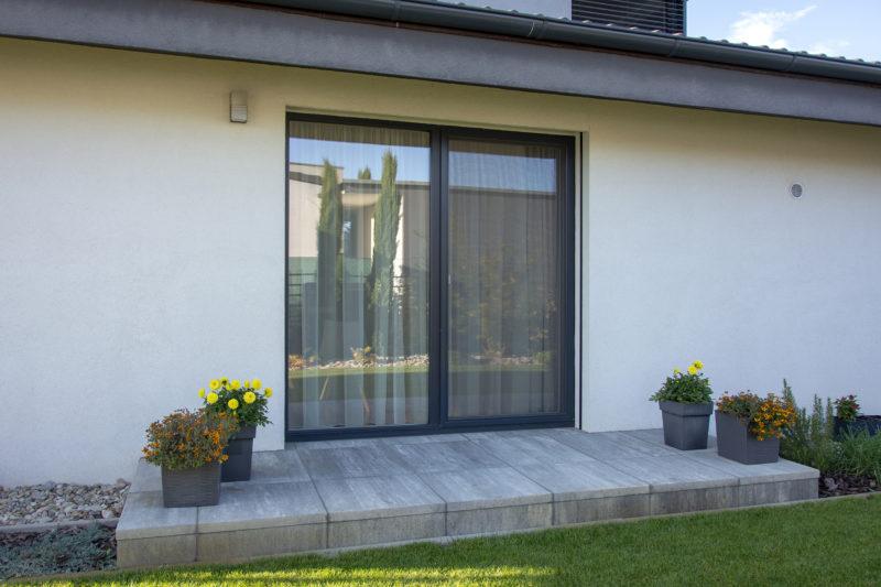 Dom v Šali s oknami Slovaktual PASIV HL a HST 85