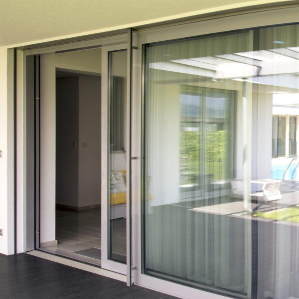 HST zdvižno-posuvné dvere