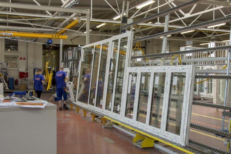 Výroba okien v hale E