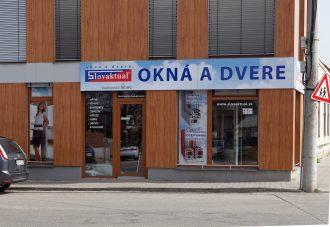 (Slovensky) Hlohovec: nová kancelária a showroom Slovaktual