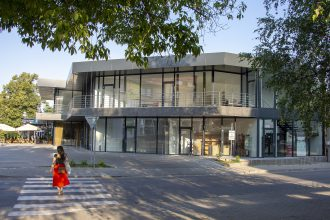 Nový polyfunkčný objekt CENTRO v Prievidzi
