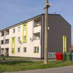 Nájomný bytový dom v obci pri Partizánskom
