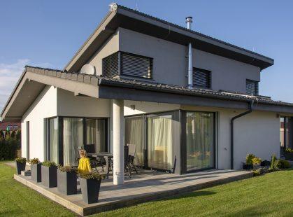 Dom v Šali s oknami Slovaktual PASIV HL