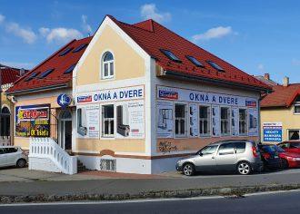 (Slovensky) Nová predajňa v Humennom