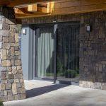 Hliníková okna a dveře na chatě v Nízkých Tatrách