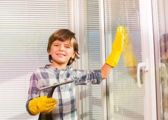 Jak na mytí oken bez šmouh? Jednoduše.